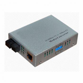 SNR-CVT-100A Медиаконвертер 10/100-Base-T / 100Base-FX, Tx/Rx: 1310/1550нм